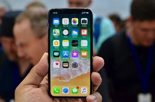Khuyết điểm trên iPhone X