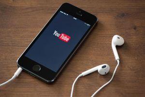 Fix Nhanh Lỗi Màn Hình iPhone Tự Tắt Khi Xem Video