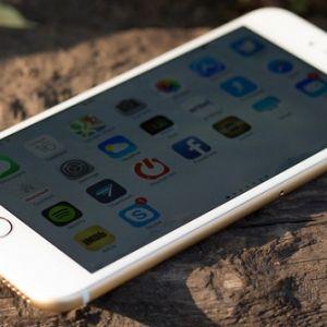 Phải xử lý như thế nào khi iPhone 6 bị mất đèn màn hình?